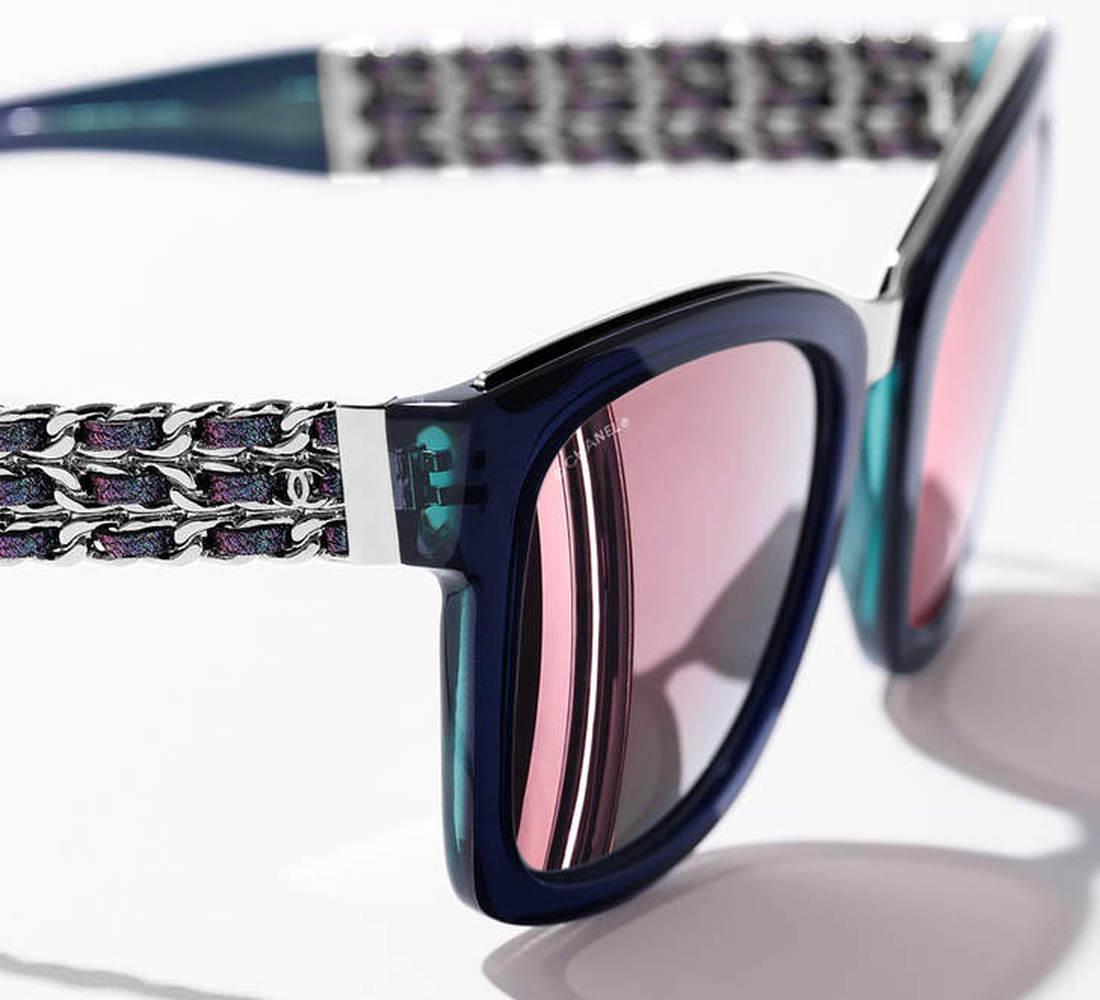 41f24dc59dac06 Prestige Chanel zonnebrillen en dé ketting